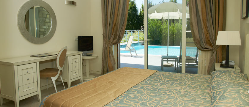 Hotel Germano, Bardolino, Lake Garda, Italy - Suite with private pool.jpg